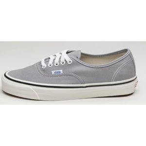 Vans Light Gray Lace Up Skate Shoes